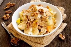 Banane-con-yogurt-e-noci